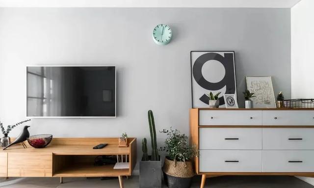灰色电视墙