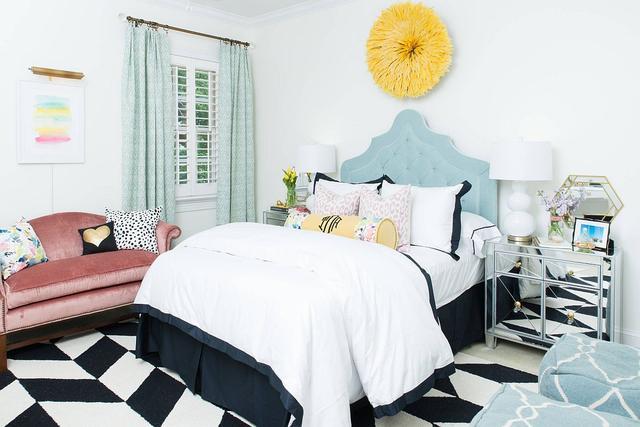时尚的青少年卧室,合适的布局和配色打造青春活力的空间