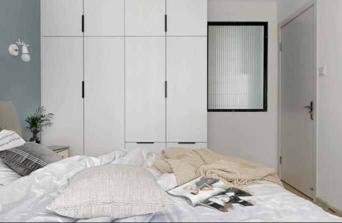 57㎡旧房屋改造现代简约风 客厅改造成卧室多出一间房